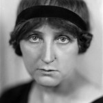 Jeanne Ancelet-Hustache, écrivain, professeur et historienne de la religion française. France, vers 1930.